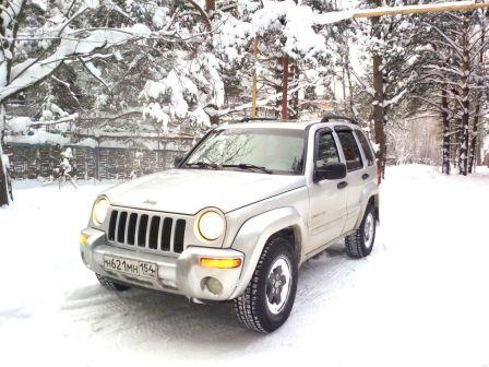 Jeep Cherokee 2002 - отзыв владельца