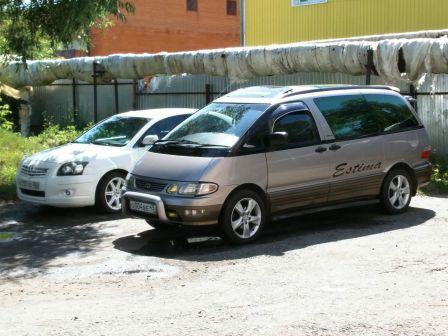 Toyota Estima Emina 1997 - отзыв владельца
