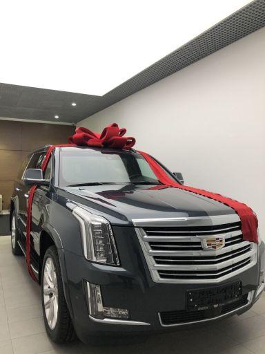 Cadillac Escalade 2019 отзыв автора | Дата публикации 22.12.2019.