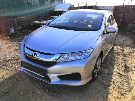 Honda Grace 2015 - отзыв владельца
