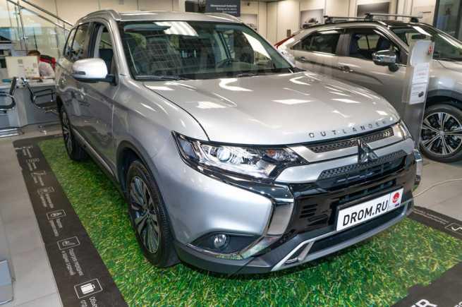 Mitsubishi Outlander, 2019 год, 1 982 276 руб.
