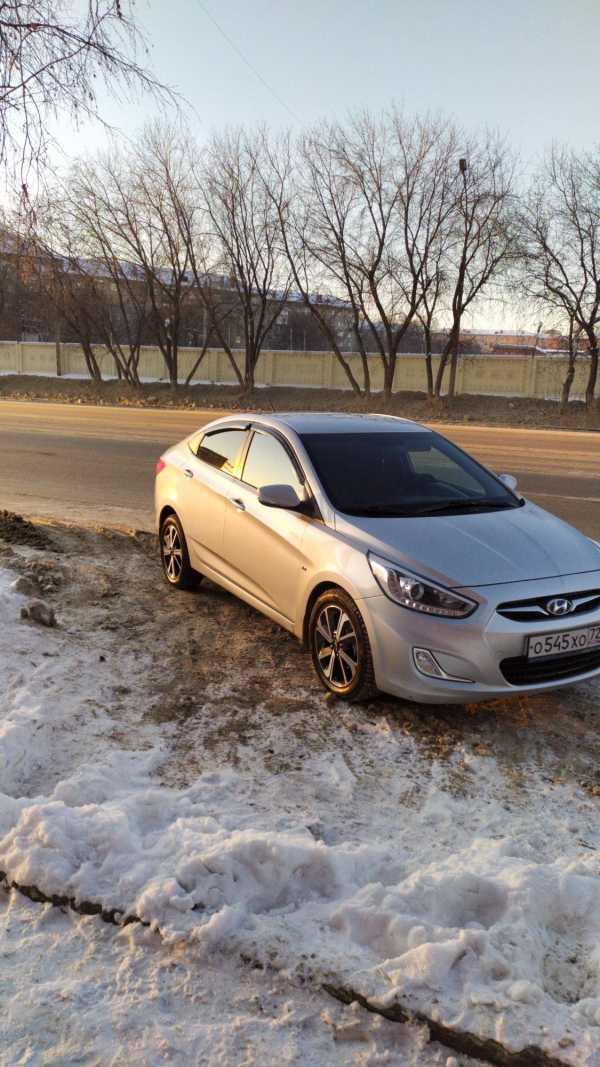 Hyundai Solaris, 2013 год, 650 000 руб.