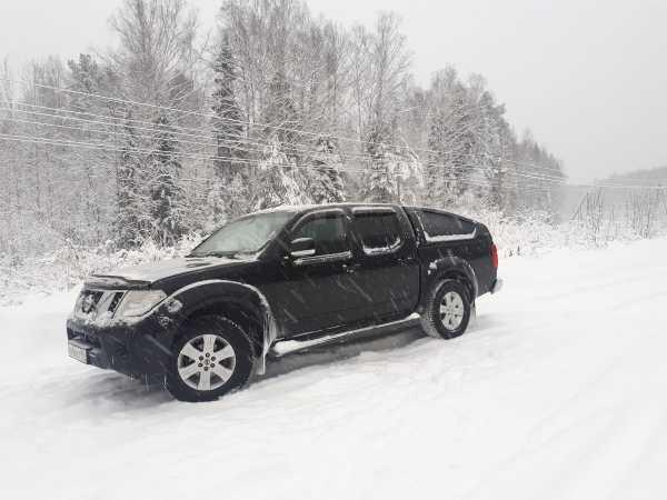 Nissan Navara, 2011 год, 1 000 000 руб.