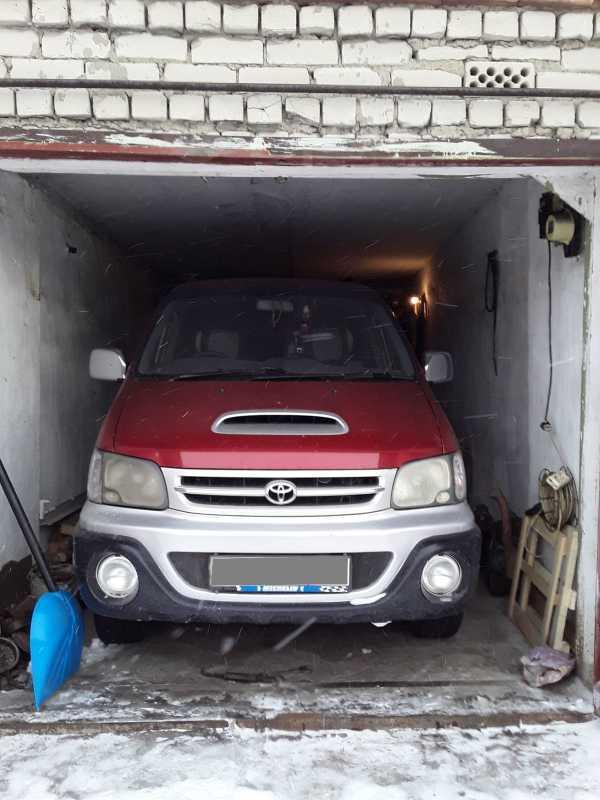 Toyota Town Ace Noah, 1999 год, 407 000 руб.