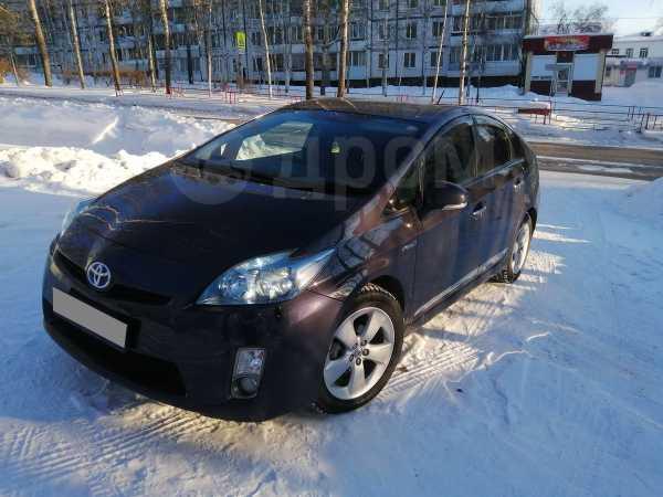 Toyota Prius, 2010 год, 700 000 руб.