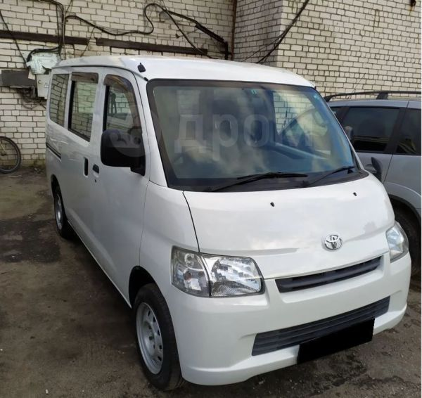 Toyota Town Ace, 2013 год, 730 000 руб.