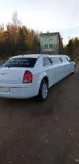 Chrysler 300C, 2006 год, 900 000 руб.
