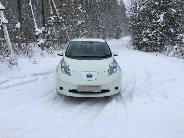 Nissan Leaf, 2012 год, 420 000 руб.