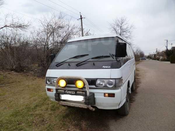 Mitsubishi Delica, 1988 год, 310 000 руб.
