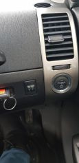 Toyota Prius, 2011 год, 595 000 руб.