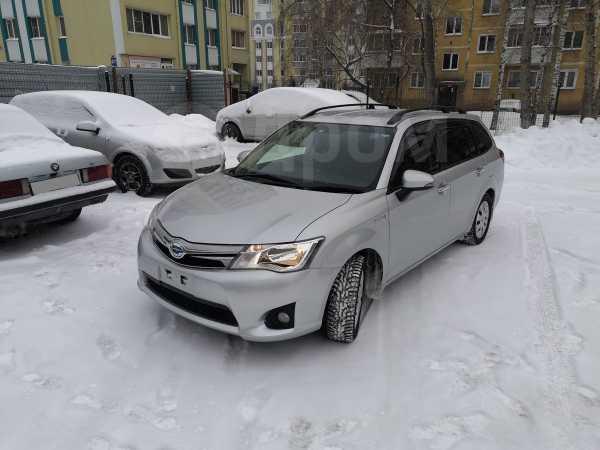 Toyota Corolla Fielder, 2014 год, 725 000 руб.