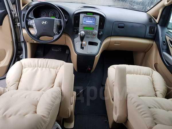 Hyundai Grand Starex, 2007 год, 855 000 руб.
