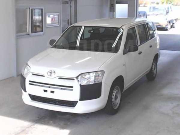 Toyota Succeed, 2015 год, 648 000 руб.