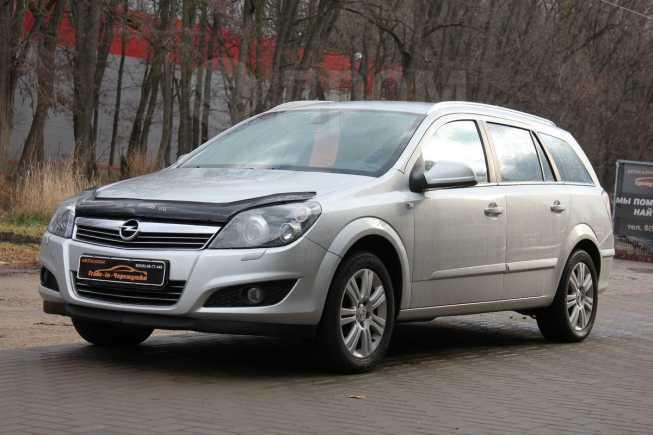 Opel Astra Family, 2011 год, 370 000 руб.