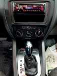 Volkswagen Jetta, 2013 год, 587 000 руб.