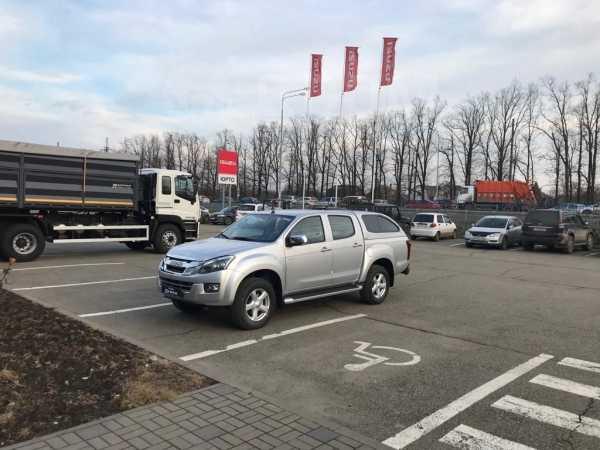 Isuzu D-MAX, 2017 год, 1 990 000 руб.