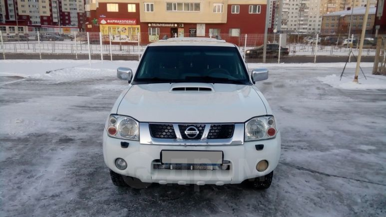 Nissan NP300, 2012 год, 620 000 руб.