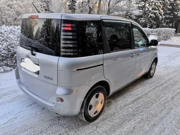 Toyota Sienta, 2004 год, 355 000 руб.