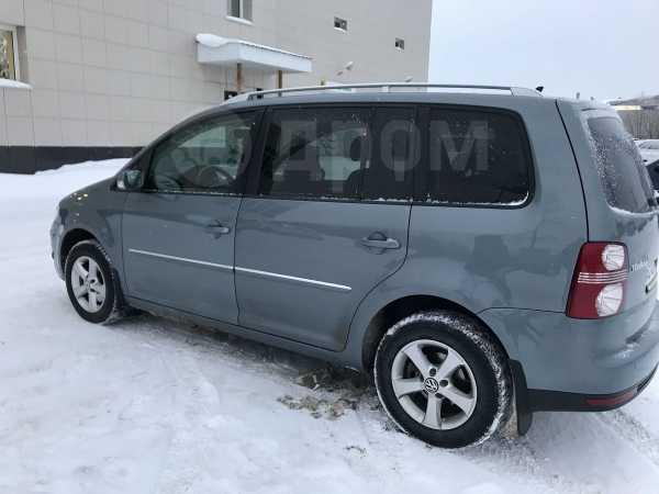 Volkswagen Touran, 2008 год, 460 000 руб.