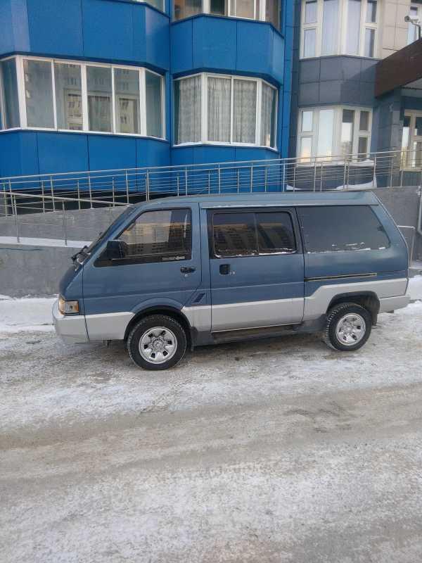 Nissan Largo, 1991 год, 135 000 руб.