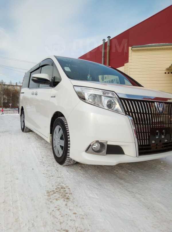 Toyota Esquire, 2015 год, 1 400 000 руб.