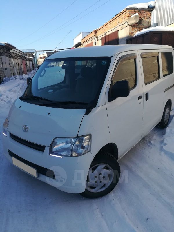 Toyota Town Ace, 2012 год, 730 000 руб.