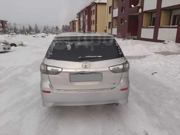 Toyota Wish, 2012 год, 900 000 руб.