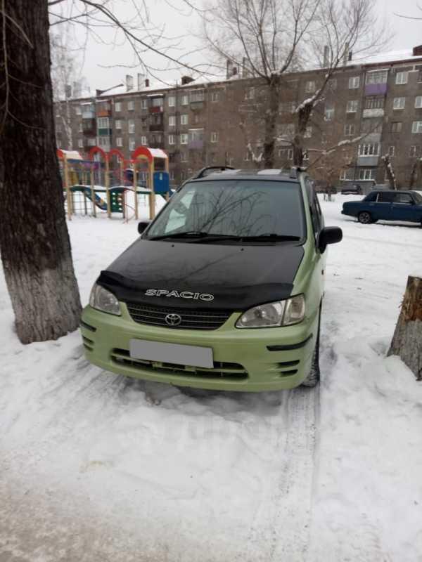 Toyota Corolla Spacio, 2000 год, 210 000 руб.