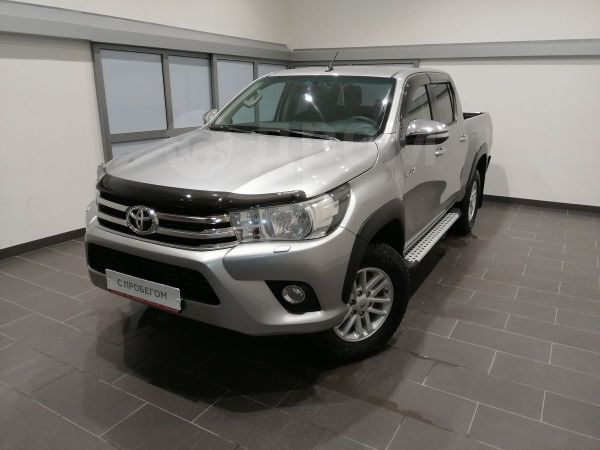 Toyota Hilux Pick Up, 2015 год, 1 550 000 руб.