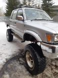 Toyota Hilux Pick Up, 1991 год, 580 000 руб.