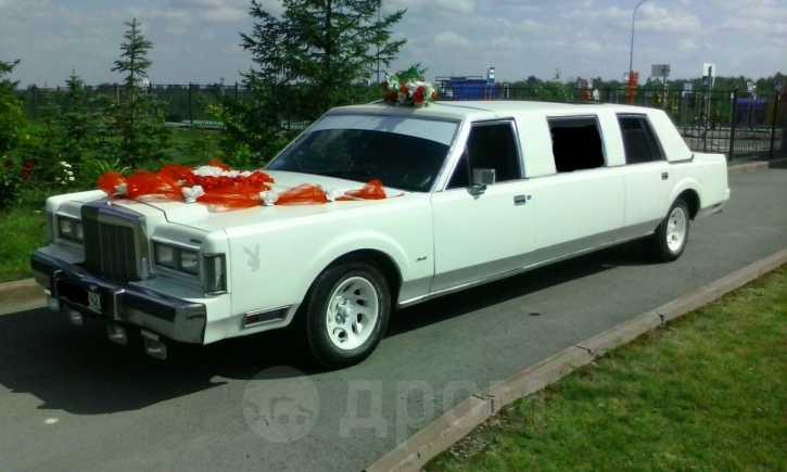 Lincoln Town Car, 1988 год, 500 000 руб.