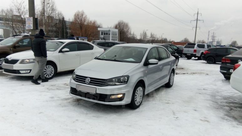 Volkswagen Polo, 2015 год, 542 000 руб.