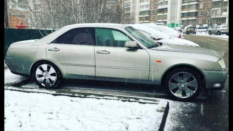 Nissan Gloria, 2000 год, 550 000 руб.