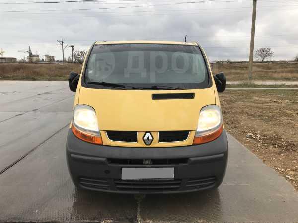 Renault Trafic, 2003 год, 520 000 руб.