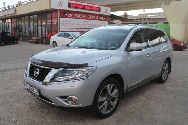 Nissan Pathfinder, 2014 год, 1 450 000 руб.