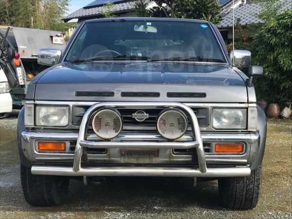Nissan Terrano, 1995 год, 320 000 руб.