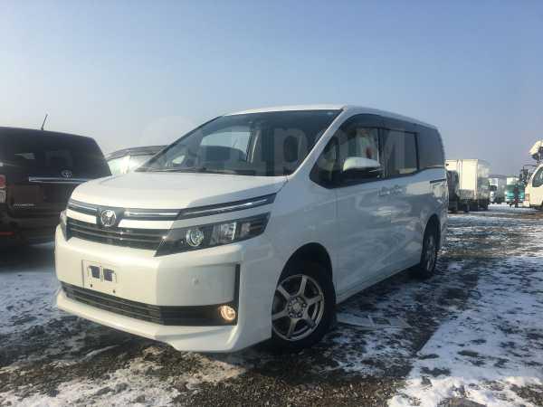 Toyota Voxy, 2016 год, 1 280 000 руб.
