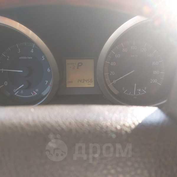 Toyota Land Cruiser Prado, 2011 год, 1 680 000 руб.