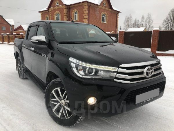 Toyota Hilux Pick Up, 2016 год, 1 450 000 руб.