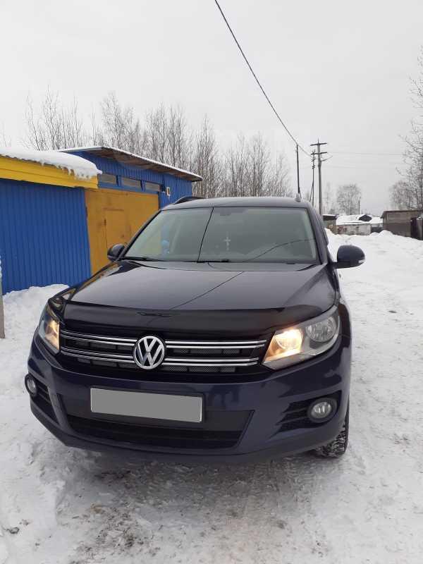 Volkswagen Tiguan, 2015 год, 860 000 руб.