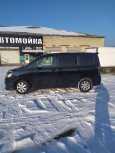 Toyota Voxy, 2009 год, 680 000 руб.