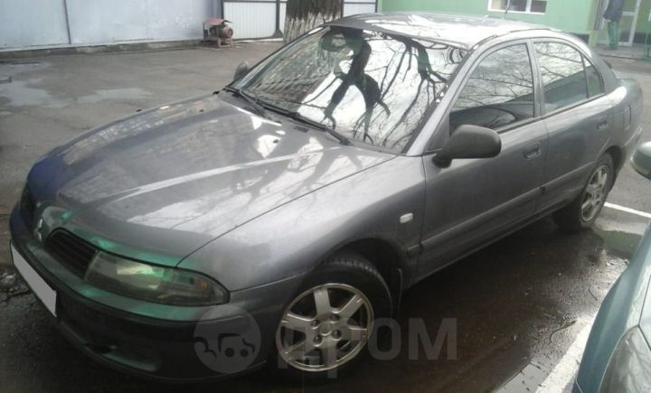 Mitsubishi Carisma, 2002 год, 215 000 руб.