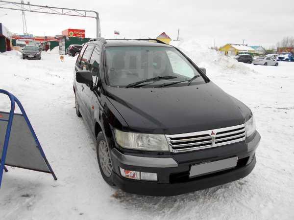 Mitsubishi Space Wagon, 2001 год, 280 000 руб.