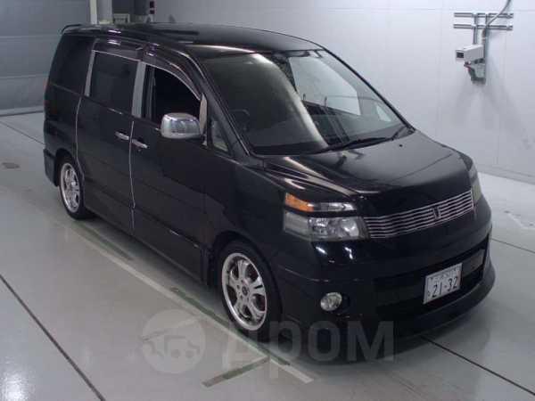 Toyota Voxy, 2003 год, 300 000 руб.