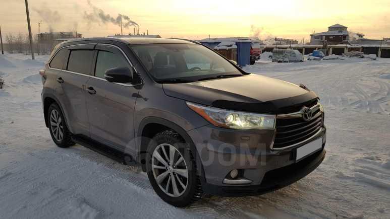 Toyota Highlander, 2013 год, 1 900 000 руб.