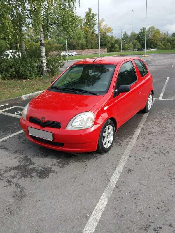 Toyota Yaris, 2001 год, 180 000 руб.