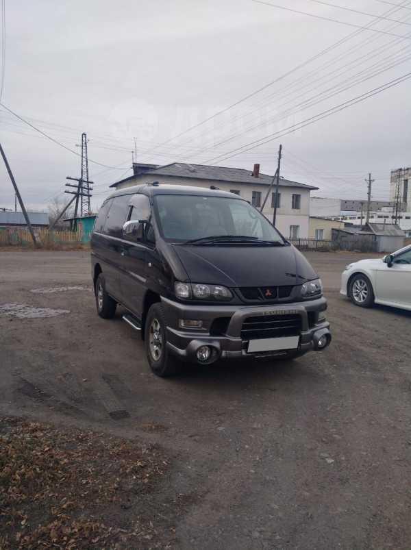 Mitsubishi Delica, 2005 год, 380 000 руб.