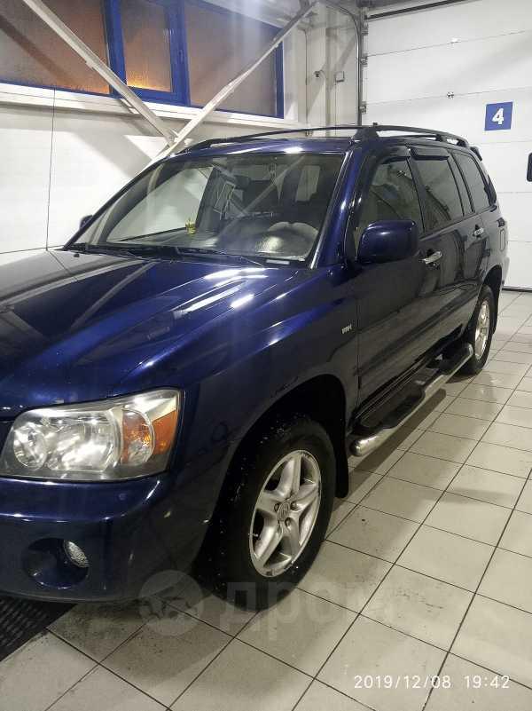 Toyota Highlander, 2004 год, 700 000 руб.