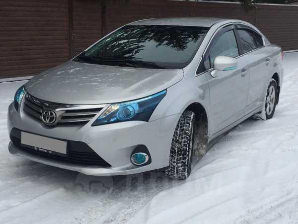 Toyota Avensis, 2011 год, 765 000 руб.