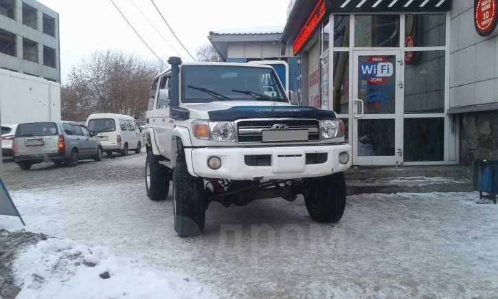 Toyota Land Cruiser, 2011 год, 1 879 000 руб.